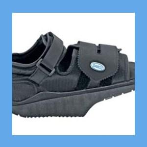 DARCO OrthoWedge Healing Shoe, Black healing shoe, Orthowedge, remove pressure